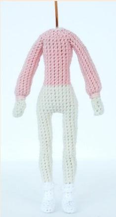 Куколка крючком: красавица Анита