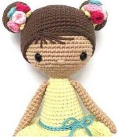 Куколка амигуруми Хлоя
