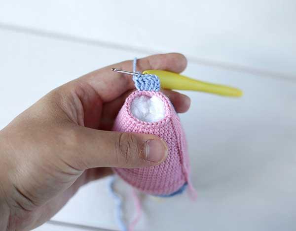 Связать зайца крючком: великолепная парочка